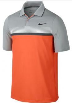 El polo de golf para hombre Nike Momentum Modern Fly Stripe ayuda a que te sientas cómodo y con libertad de movimiento gracias a su tejido ligero Dri-FIT y a las costuras ergonómicas.