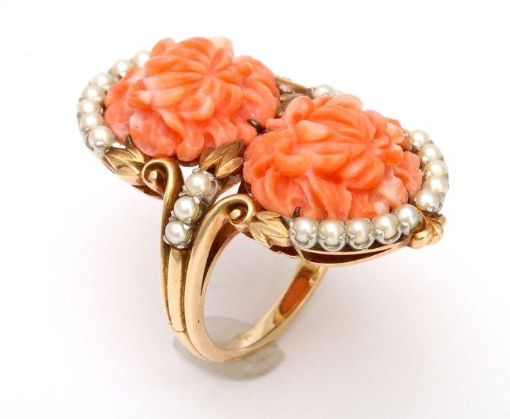 1930 Vyřezávané Coral a Pearl náramek a prsten.  6