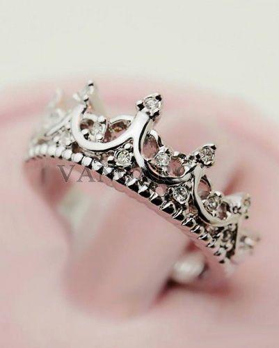 Fashion Vintage Cutout Crown Design Cubic Zirconia Womens Ring     http://www.adlero.com