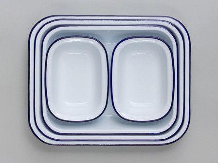 Falcon Enamelware Baking Set: Also available with red rims. £54.99 - £64.99 #Baking_Set #Falcon_Enamelware