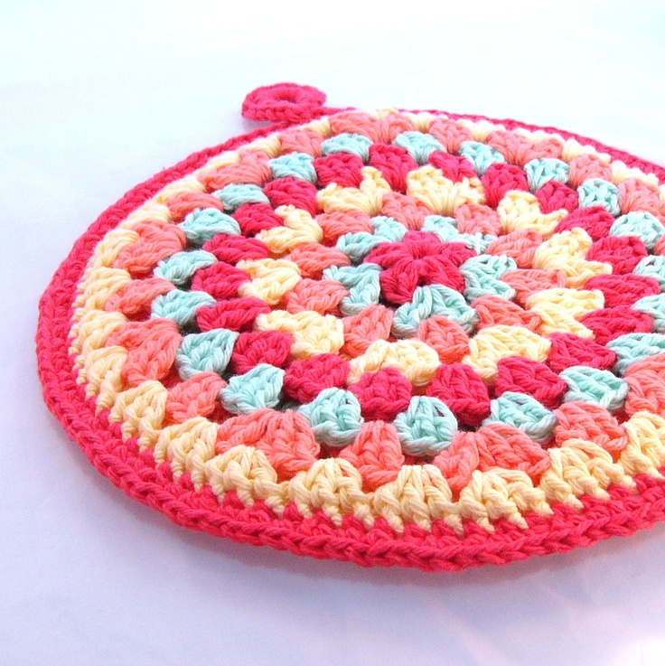 Crochet Round Granny Square Hot Pad Pot Holder By