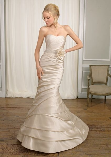 wedding dress stores in milwaukee
