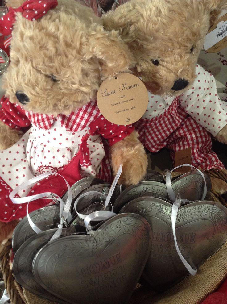 Αρκουδακια και Καρδιες για Αγαπημενα Χριστουγεννα στο Woodhouse
