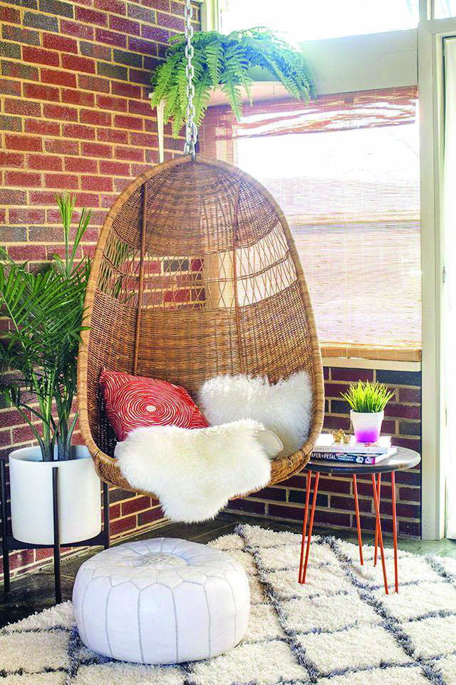 Cozy Wicker Bedroom Chairs Ebay Uk For Your Cozy Home Swinging Chair Basket Chair Hanging Chair From Ceiling