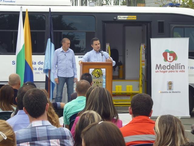evento realizado en la Secretaría de Movilidad de Medellín  con el alcalde presente