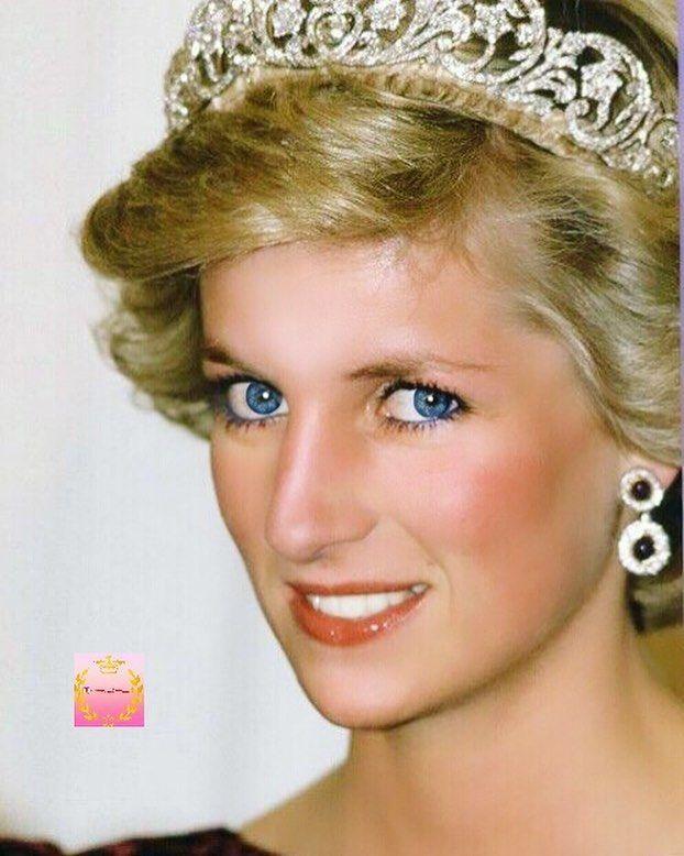 Princesa Diana De Gales Princessdiana Dianaofwales Princessofwales Uk London Dianadegales Dian Diana Spencer Princesa Diana Diana