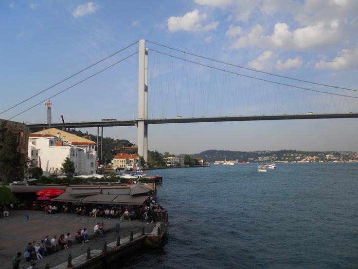 İstanbul Boğaz Köprüsü.