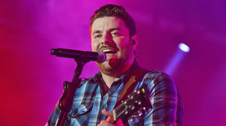 Kings of Leon Recruit Chris Young, Will Hoge for 'SI' Swimsuit Bash | Rolling Stone