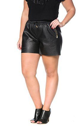 Leather look shorts, made from absolutely fashionable black faux nappa. Short and comfortable cut with all-around elastic waistband and drawstring. Two pockets with gold metallic zipper. <br />     <br />
