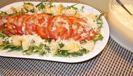 Een heerlijke salade bij een Italiaanse maaltijd. Ook lekker als lunch, maak dan de dubbele hoeveelheid voor 2 personen. De liefhebber kan er ook nog wat...