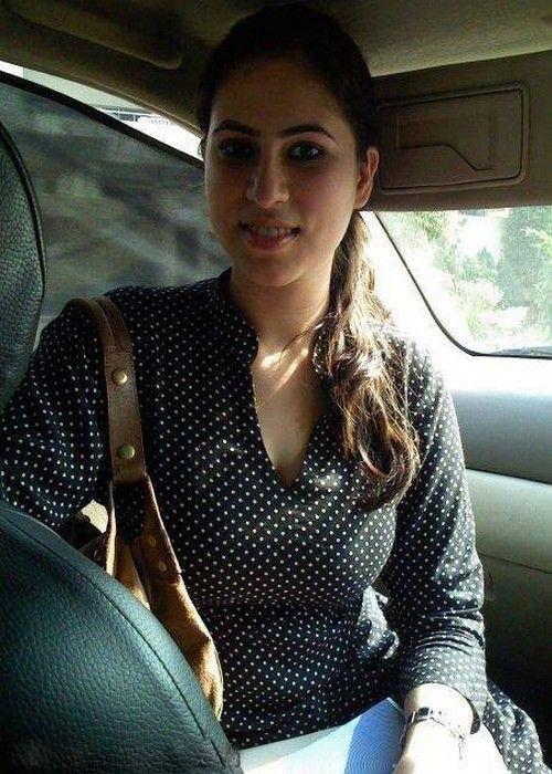 Call girls delhi low rate call girl escort service in gurgaon noida - 1 10