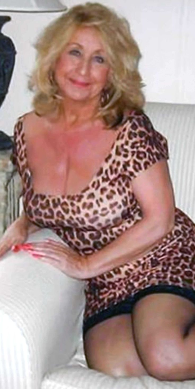 Hot mature older girls