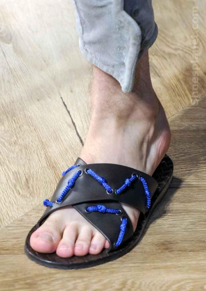 Ass Shoe 104