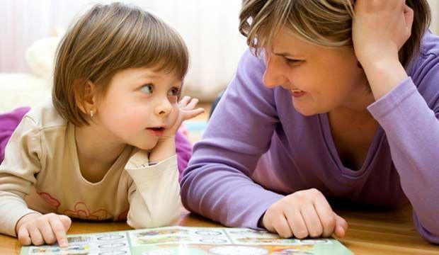 La dysphasie est un trouble de la communication verbale qui affecte l'expression ou la compréhension et dans certains cas, les deux à la fois. L'aphasie quant à elle, se caractérise par une perte totale ou partielle de l'usage de la parole ou de la compréhension du langage parlé ou écrit.