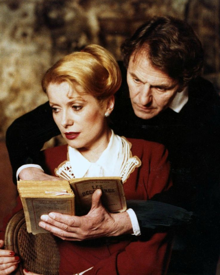 Catherine Deneuve and Heinz Bennent in L'ultimo metrò (1980)