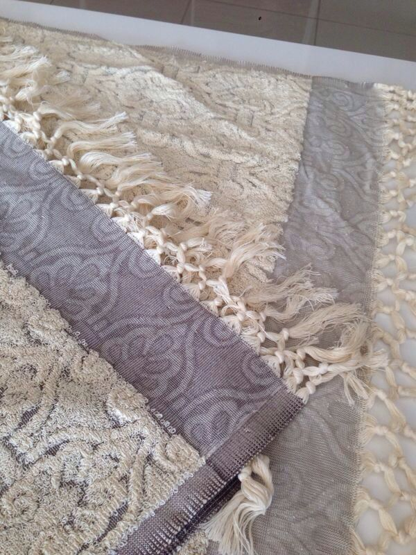 Jennifer's Hamam exclusive #Ottoman limited edition #towel. 6 days of work on a old-style shuttled #loom to make this masterpiece that will last minimum 20 years.