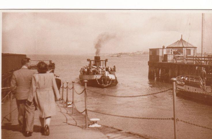 ferry Leaving Knott End