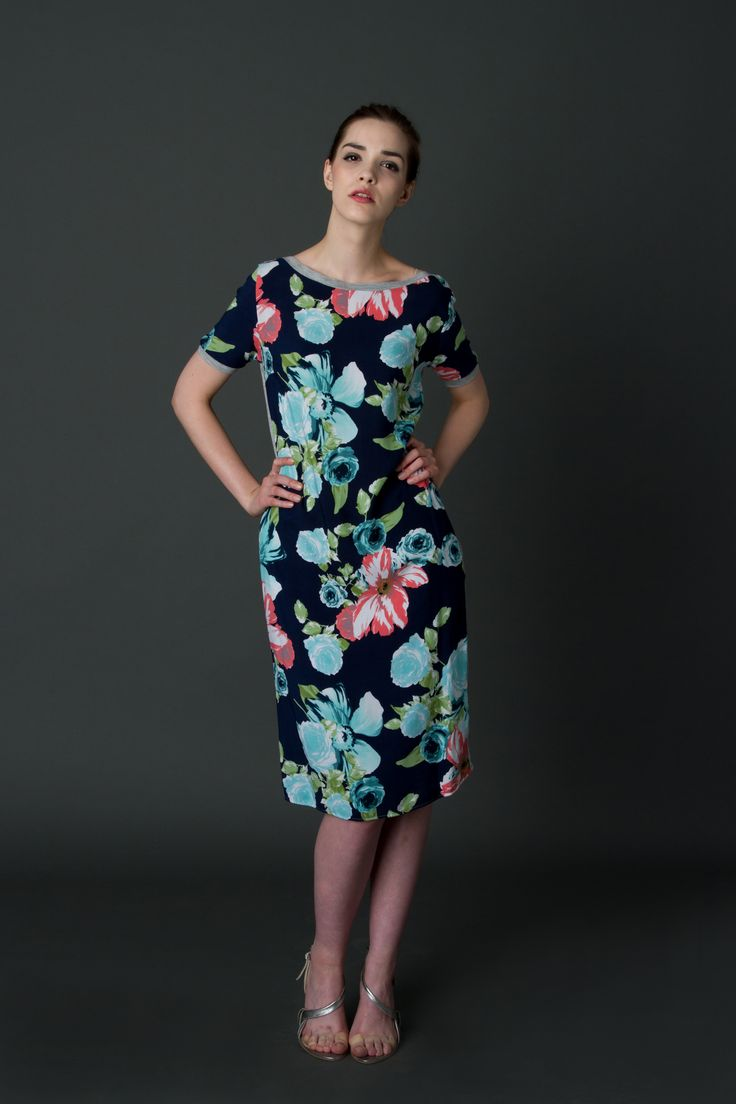 T-shirt dress with mint flowers