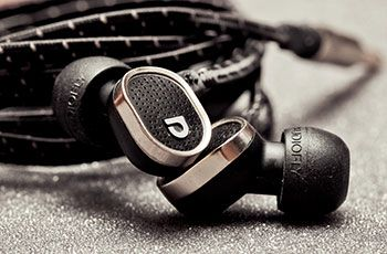Audiofly AD78M In Ear Headset Review - http://www.aivanet.com/2014/06/audiofly-ad78m-in-ear-headset-review/