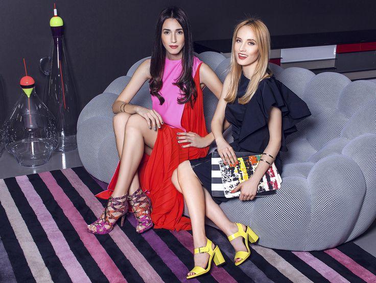 Perechea perfecta! Fabulous Muses in rochii semnate Dior si Lanvin. Vezi colectia noastra de rochii: www.dressbox.ro/