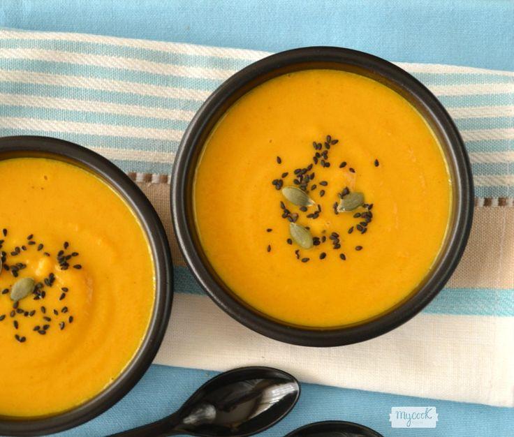 Crema de calabacín y zanahoria al Ras el Hanout - http://www.mycookrecetas.com/crema-de-calabacin-y-zanahoria-al-ras-el-hanout/