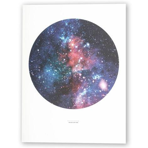 Affisch GALAX. 30x40 cm. Grafiskt tryck på 200g-papper. Passar 30x40 cm-ramar…