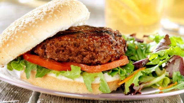 BBQ Hamburgers with herbs and sour cream