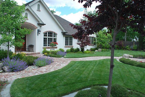 33 best landscaping ideas images on pinterest flower for Best front house landscaping
