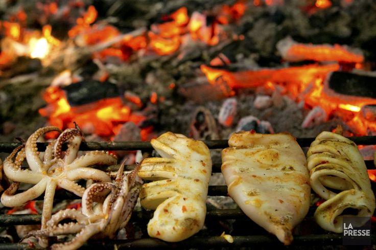 «Le poulet est le même pour tout le monde, c'est la sauce qui fait la différence!» Tony Alves, du restaurant Ma Poule Mouillée, nous explique comment réussir ses...