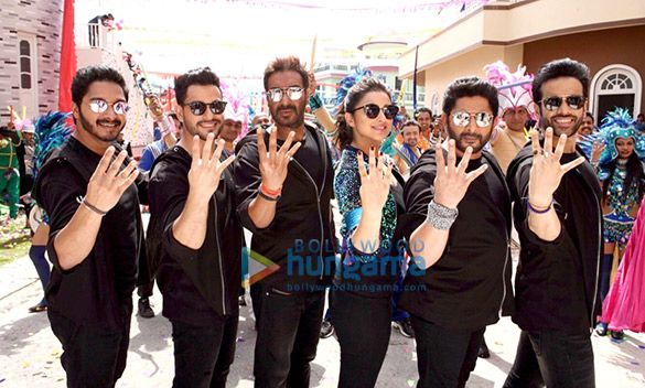 Golmaal Again Full Movie Watch Online new fun and comedy adventure with horror spice doing by ajay devgan, paritneeti chopra, tabu, arshad warsi, tushar kapoor, and many more just doing Golmaal Again