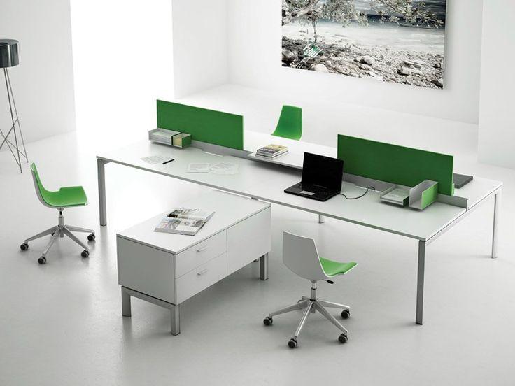 Офисные столы с перегородками - XE - http://mebelnews.com/ofisnye-stoly-s-peregorodkami-xe