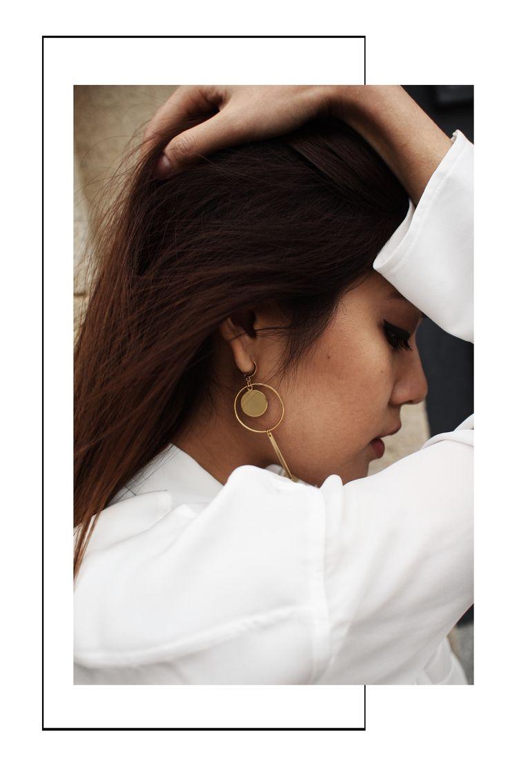 Modeschmuck Ohrringe Gold Madeleine Issing    Statement Ohrringe in unterschiedlichen Längen - der Schmucktrend 2017