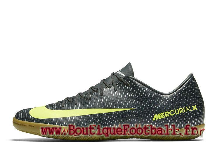 chaussure nike de foot en salle