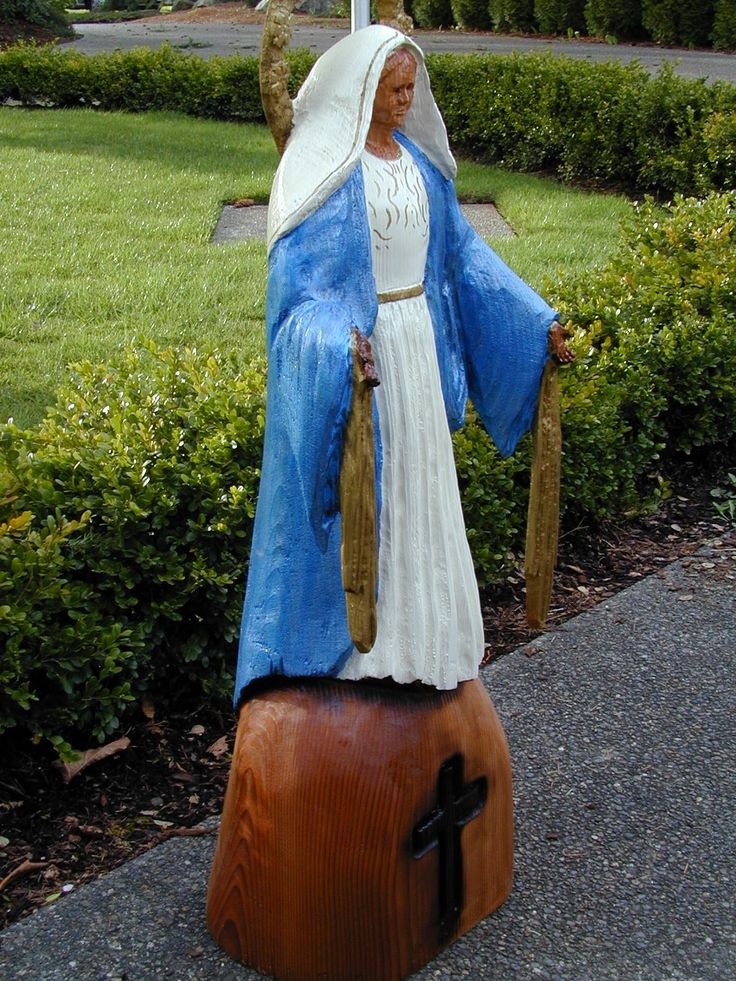 chain saw art | Religious Sculptures