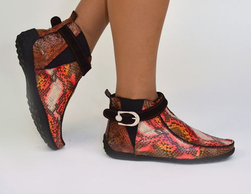 2714 #Dibrera - #Piton #Leather / #Fur ankle #Boots.  Cold weather style. Stay dry in these Gummy Ankle Boots by Dibrera featuring low rubber heel and rivet accents. Piton hand painted leather and fur linning.   $350 on sale now! http://www.rinastore.com/2714-dibrera-shoes:-multi-color/dp/6013  Signature box included. Made in #Italy. Available at Rina's Boutique.