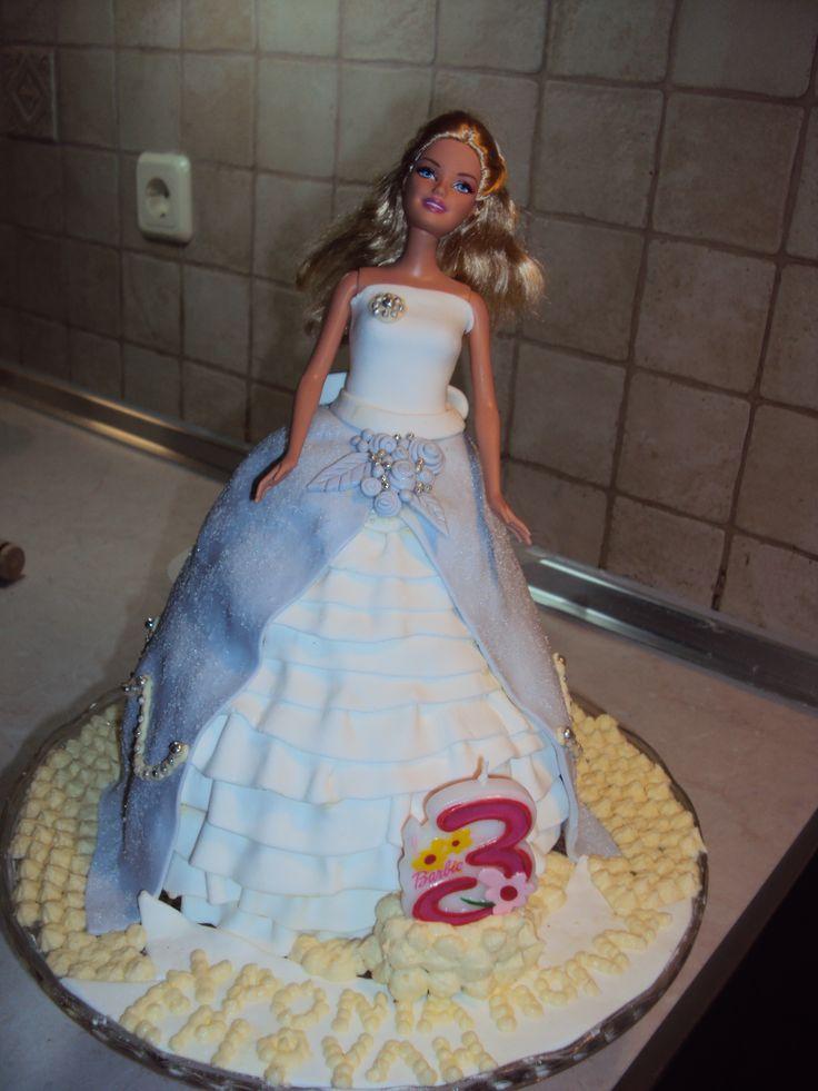 Barbie birthday cake!