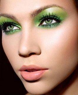 eye-makeup-for-green-eyes