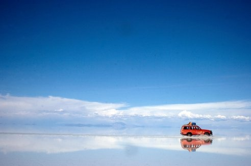 Nature Blows My Mind! Bolivias Salar de Uyuni Creates Worlds Largest Mirror : TreeHugger
