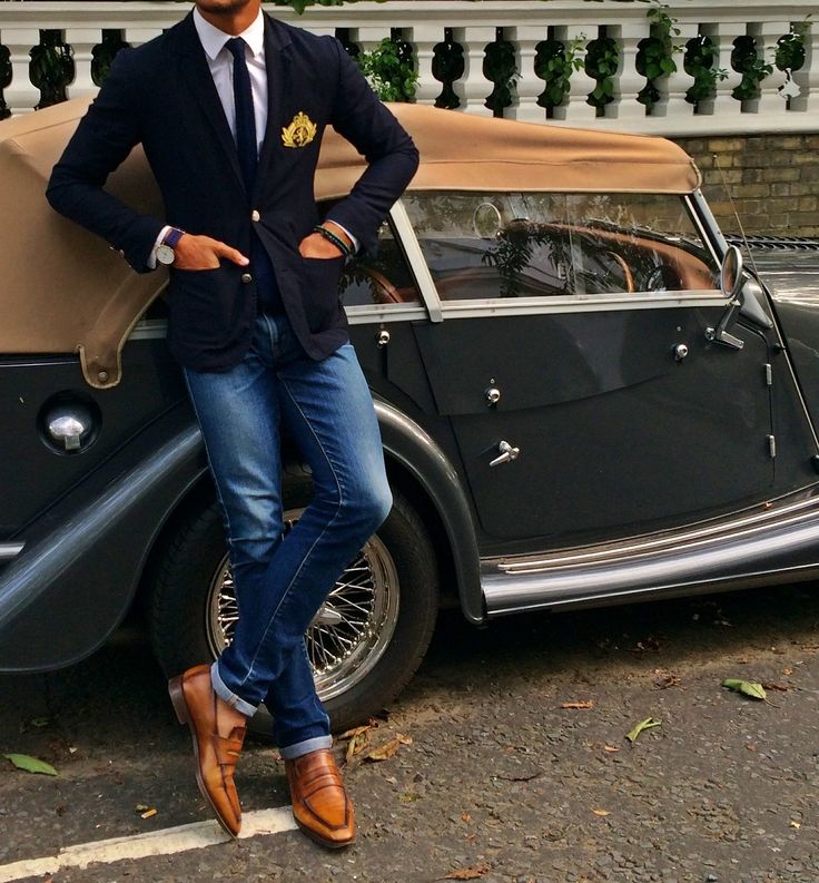 """loveandcarolina: """" louisnicolasdarbon: """" Today I'm Wearing Blazer and silk knitted tie by Ralph Lauren Rugby White shirt from Louis-Vuitton Jeans Petite Standard from A.P.C Watch by Balber Time Andy..."""