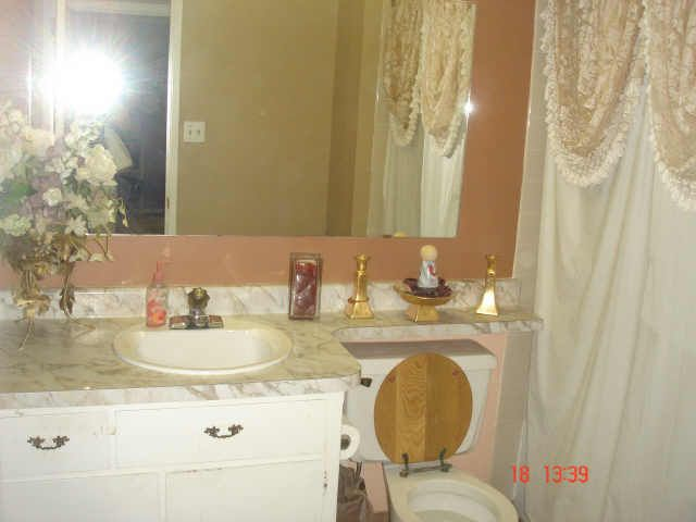 1000 Images About 1960s Bathroom On Pinterest Bathrooms