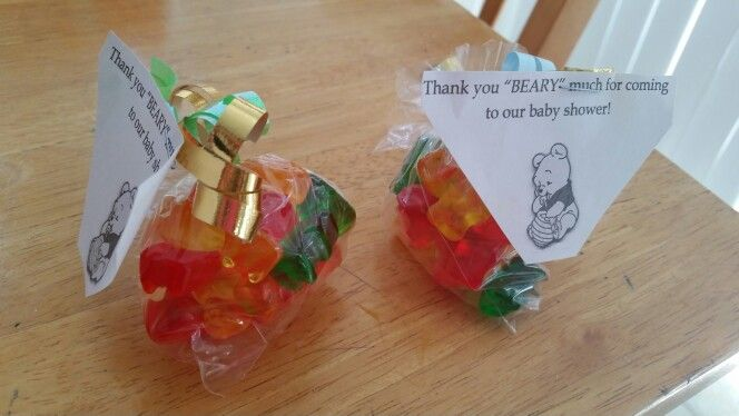 Quick and easy Winnie the Pooh baby shower favors
