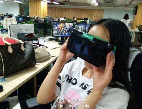 OPPO N3 mit Fingerabdruckscanner und VR-Brille  http://www.androidicecreamsandwich.de/2014/10/oppo-n3-mit-fingerabdruckscanner-und-vr-brille.html  #oppo   #oppon3   #mobile   #android