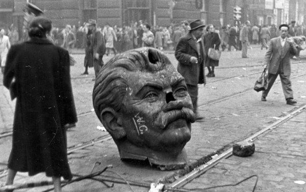 """historium: """"The decapitated head of Joseph Stalin statue during the Hungarian Revolution of 1956. """""""