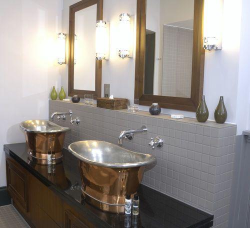 Binnenkort nieuwe merken in onze klassiek sanitair webwinkel en misschien wel ook bij u thuis. Als er iets is wat wij in onze nieuwe huis willen, is dat een dubbele wastafel!www.klassieksanitair.com heeft veleextra aantrekkelijke kortingen voor u!