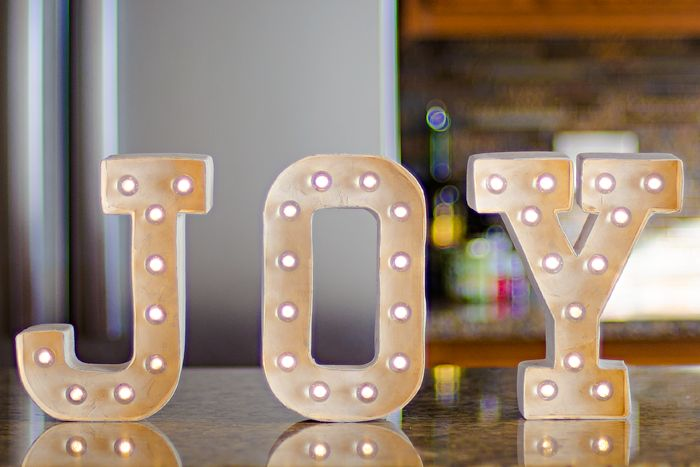 One Little Word 2015: JOY | mixed media marquee letters | Heidi Swapp