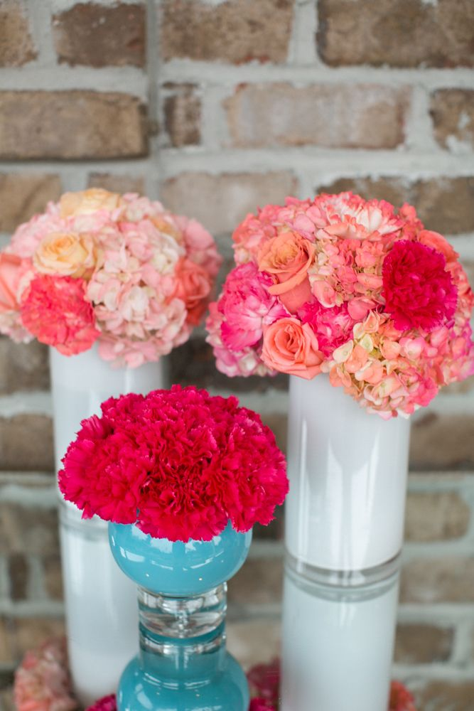 Lush + Lovely Centerpieces: www.theperfectpalette.com Photo by KMI Photography, Floral Design by Fiore Fine Flowers