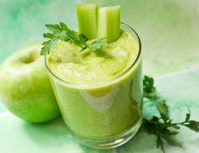 Dr. Oz's Green Drink Dr. Oz's Green Drink  Dr. Oz shares one of his favorite recipes. Jump-start your mornings with this high-fiber, low-calorie breakfast drink.
