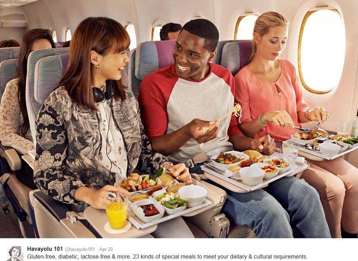 Uçak Yolculuklarında Özel Yemek Uygulamaları | Havayolu 101