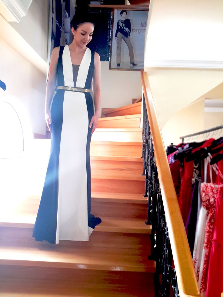 Maxi dress. Black and White perfect for weddings!