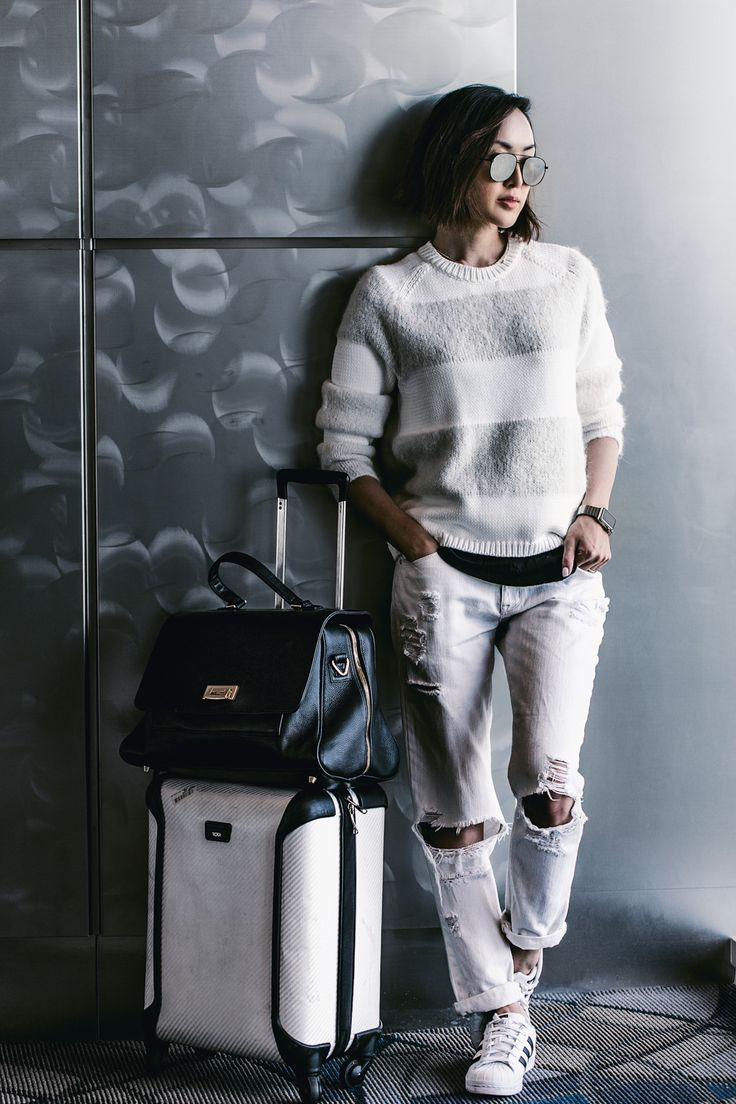 7 Items You need In Your Carry-on - The Chriselle Factor #TheChriselleFactor